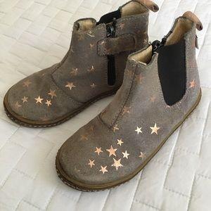 Mrugala Shoes